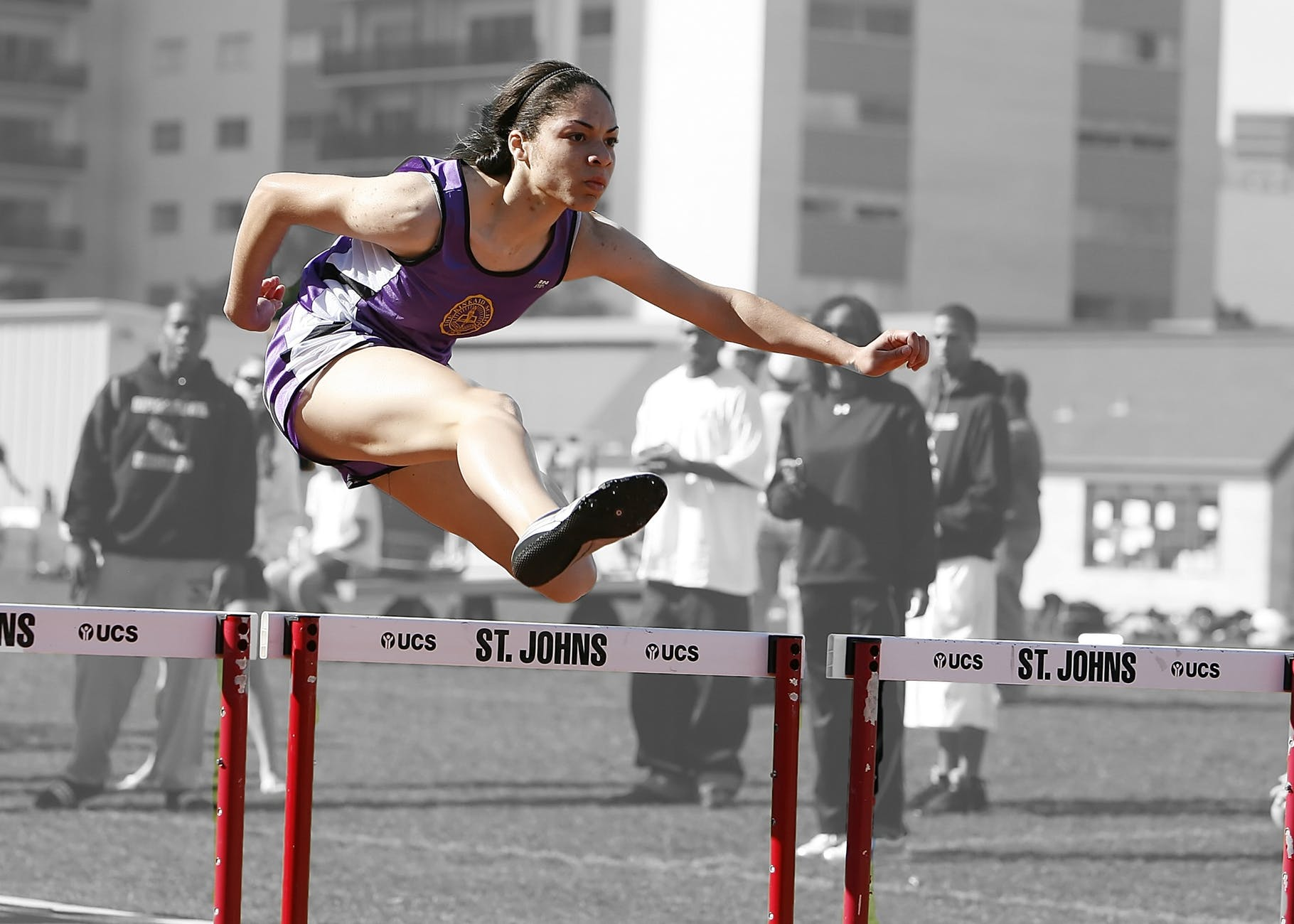 hurdles-track-race-competition-159745.jpeg